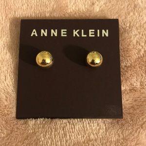 🆕 Anne Klein Gold Studd Earrings